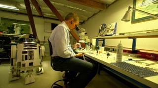 Prof. Nobles' custom designed lab provides a space for Nobles to work on any of his technologies within close proximity to engineers and facility resources.